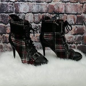 Boutique 9 Plaid Heel Boots
